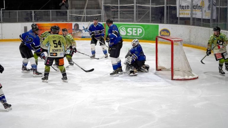 Entscheidungsspiel um den Aufstieg in die Play off Runde vs EC Oldies Linz!
